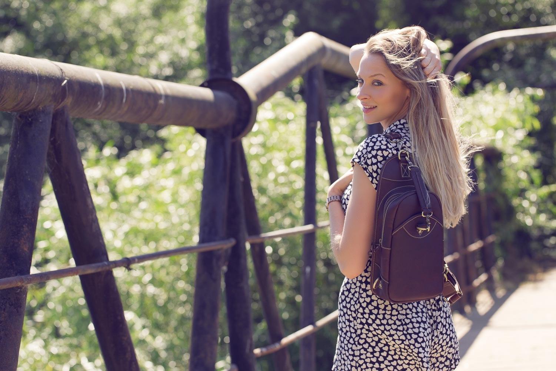 11Wombat Brown Hunter Leather Sling Backpack Bag