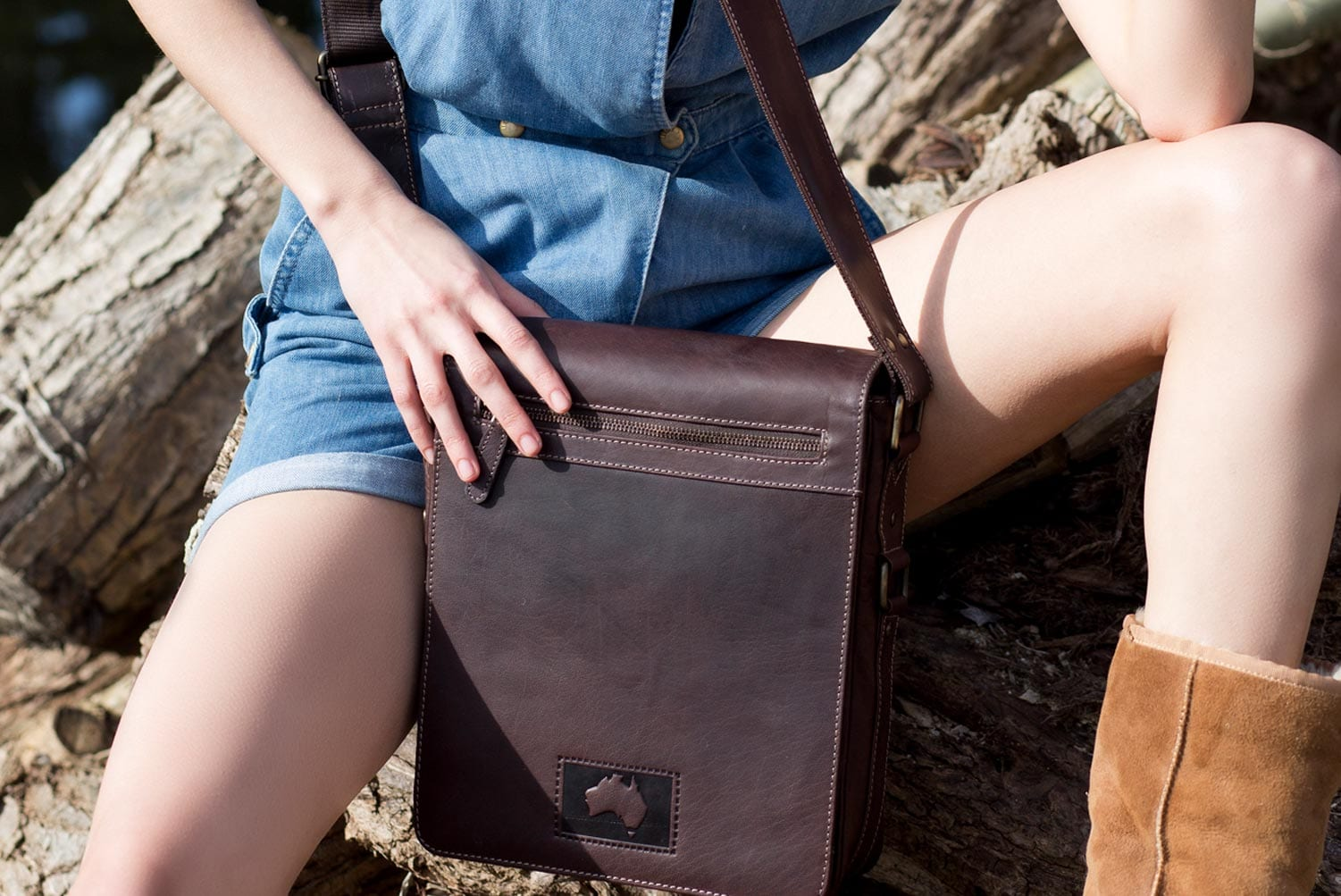 Luxury Brown Oiled style Leather Netbook, Kindle, ipad Flapover Messenger Bag